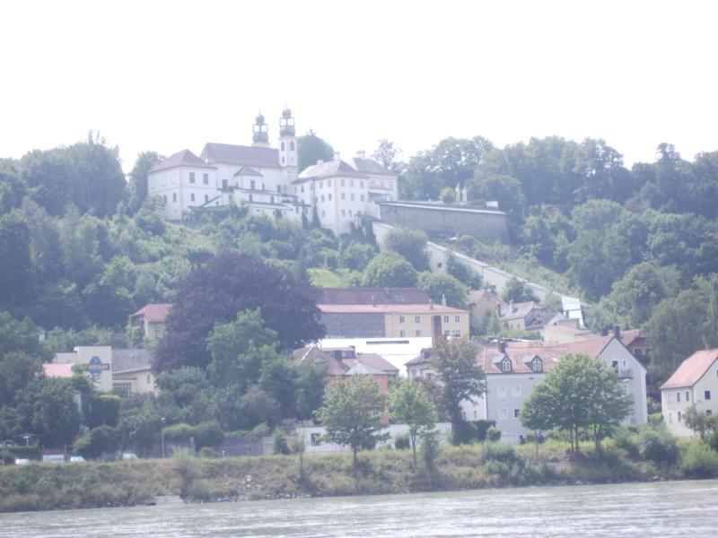 Das Kloster mit der überdachten Treppe
